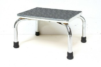 Stool, Stepstool, MEDICAL/LAB,SMALL STEPSTOOL,CHROME FRAME W/RIBBED BLK RUBBER SURFACE , METAL, BLACK