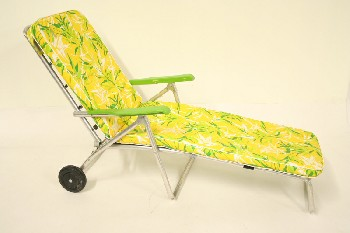 Chair, Folding, OUTDOOR/LAWN,VINTAGE FLORAL LOUNGER W/GREEN ARMS, TUBULAR FRAME & VINYL SEAT, ROLLING, ALUMINUM, MULTI-COLORED