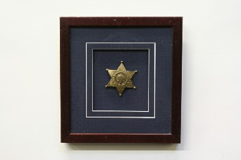 Wall Dec, Shadow Box, GOLD STAR SHERIFF'S BADGE,BURGUNDY FRAME, WOOD, BLUE