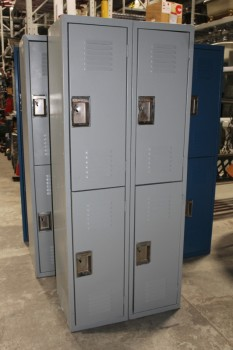 Locker, Misc, 4 VENTED DOORS W/HANDLES *This One Is A Different Colour Than Shown*, METAL, BLUE
