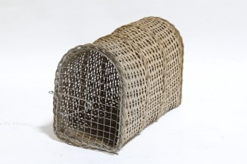 Cage, Wood, VINTAGE PET/SMALL ANIMAL CARRIER BASKET,WICKER, WIRE MESH DOOR END , WOOD, BEIGE