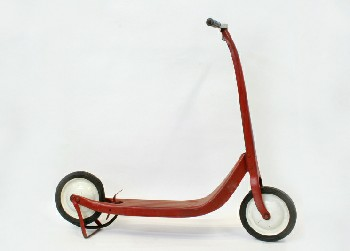 Toy, Scooter, VINTAGE TWO-WHEELED KICK/PUSH SCOOTER W/KICKSTAND , METAL, RED