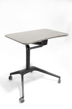 Desk, Misc, SIT OR STAND DESK,BROWN LAMINATE TOP, GREY STEEL LEGS, HEIGHT ADJUSTABLE, MOBILE WORK STATION, ROLLING, METAL, GREY
