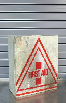 Medical, First Aid Kit, RED TRIANGLES, DISTRESSED, METAL, OFFWHITE
