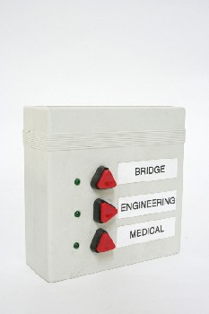 Medical, Misc, HOSPITAL/LAB INTERCOM/CALL BUTTON BOX,3 RED BUTTONS, PLASTIC, GREY