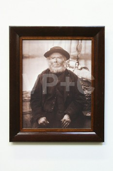 Art, Photo, CLEARED,B&W/SEPIA,OLD SEAMAN,DARK STAINED FRAME, WOOD, SEPIA