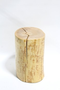 Table, Side, NATURAL LOG W/CRACKS, GLOSSY FINISH, TREE TRUNK/ STUMP/ SIDE TABLE/ STOOL/ SEAT/ DISPLAY PLINTH ETC., WOOD, BROWN