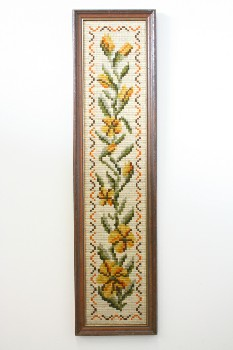 Wall Dec, Stitched, CLEARABLE,NEEDLEPOINT,YELLOW FLOWERS W/LEAVES, BROWN WOOD FRAME, VINTAGE , EMBROIDERY, MULTI-COLORED