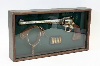 Wall Dec, Shadow Box, COWBOY THEME,GUN W/LONG BARREL,BULLETS,SPUR W/LEATHER BAND, WOOD, BLACK