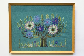Wall Dec, Stitched, CLEARABLE, VINTAGE/RETRO NEEDLEPOINT, FLOWER TREE, NATURAL WOOD FRAME, EMBROIDERY, MULTI-COLORED