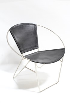 Chair, Lounge, ROUND METAL RING FRAME, CONNECTED FRONT LEGS, HAIRPIN STYLE BACK LEGS, BLACK LEATHER SEAT & BACK, LEATHER, BLACK