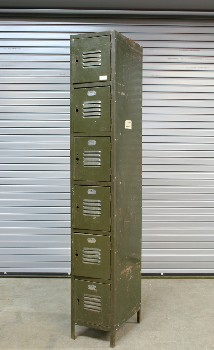 Locker, Misc, VINTAGE,SINGLE,6 LEVELS W/VENTED CUBBY DOORS, DISTRESSED *This Item Is Not Allowed To Be Painted*, METAL, GREEN