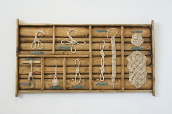 Wall Dec, Collection, CLEARABLE, ROPE DISPLAY OF DIFFERENT KNOTS, VERDI GRIS NAME PLATES, WALLMOUNT, WOOD, BROWN