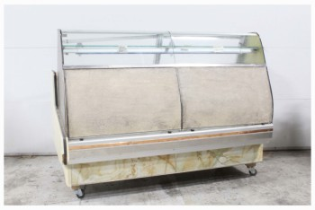 Counter, Misc, EATERY/DINER/BAKERY/RESTAURANT/DELI/BUTCHER COMMERCIAL DISPLAY FRIDGE COUNTER W/REAR ACCESS, ROUNDED GLASS FRONT, GLASS INNER SHELVES, COVERED FRONT PANELS, ROLLING, OLD STYLE, VERY AGED, GLASS, OFFWHITE