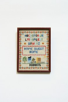 Wall Dec, Stitched, CLEARABLE,NEEDLEPOINT,