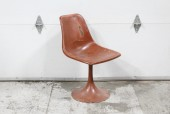 Chair, Side, MODERN,VINTAGE, CURVED SEAT, SINGLE LEG TULIP STYLE, SWIVELS, VERY AGED/DISTRESSED/PAINTED, FIBERGLASS, BROWN