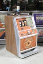 "Game, Casino , 25c SLOT MACHINE, SIDE PULL LEVER W/BLACK BALL END, BROWN LAMINATE SIDES, ""WINNER'S CIRCLE"" GRAPHIC PANEL, TOP LIGHT MISSING, METAL, ORANGE"